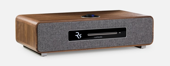 Ruark Audio R5 in Rich Walnut veneer finish