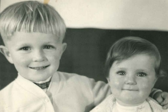 A young Alan with his sister Jill